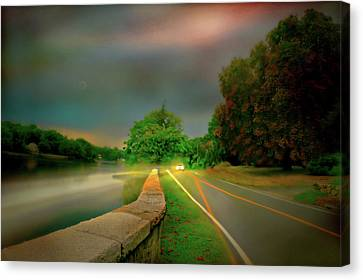 Canvas Print featuring the photograph Round The Bend by Diana Angstadt
