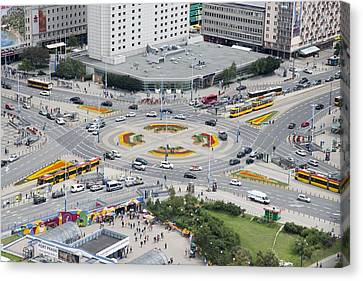 Roundabout In Warsaw Canvas Print by Chevy Fleet