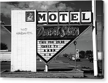 Route 66 - Desert Skies Motel Bw Canvas Print by Frank Romeo