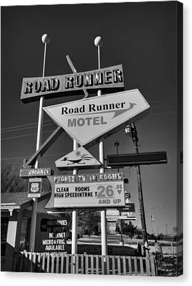 Route 66 - Road Runner Motel 001 Bw Canvas Print by Lance Vaughn