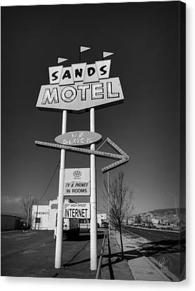 Route 66 - Sands Motel Sign 001 Bw Canvas Print by Lance Vaughn