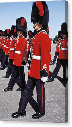 Canvas Print featuring the photograph Royal Guards In Ottawa by Carl Purcell