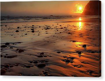 Canvas Print featuring the photograph Ruby Beach Sunset by David Chandler