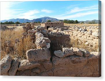 Ruins At The Puye Cliff Dwellings New Mexico Canvas Print
