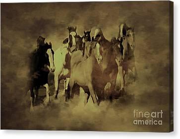 Running Horses 876h Canvas Print by Gull G