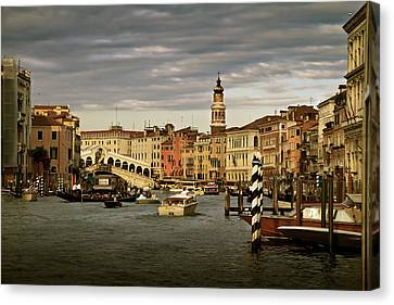 Canvas Print featuring the photograph Rush Hour Venice by John Hix