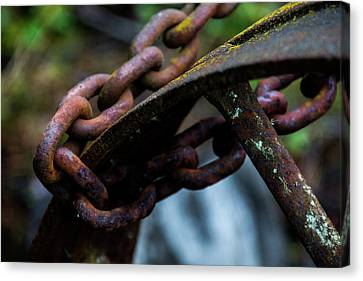 Rusted Iron Chain And Wheel Canvas Print