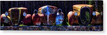 Rusted Out Old Cars Canvas Print by Garry Gay