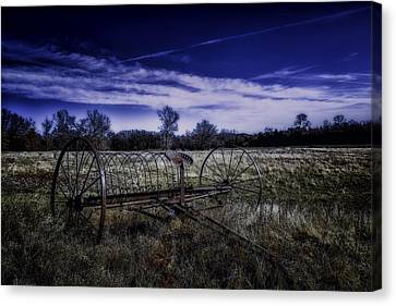Rusting Away In Oklahoma Canvas Print by David Longstreath