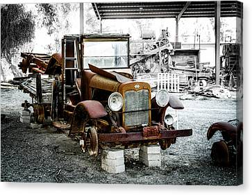 Rusty International Truck Canvas Print