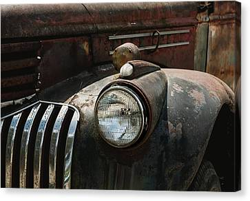 Canvas Print featuring the photograph Rusty Old Headlight  by Kim Hojnacki