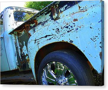 Rusty Truck With Shiny Rims Canvas Print