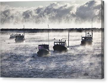 Rye Harbor Seasmoke Canvas Print by Eric Gendron