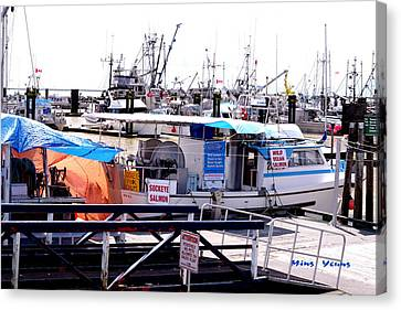 Salmon For Sale Canvas Print by Ming Yeung