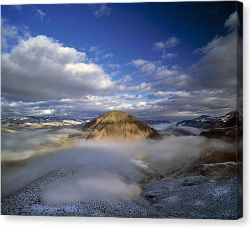 Salmon River Mountains Canvas Print by Leland D Howard
