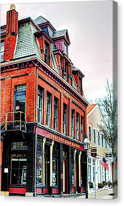 Canvas Print featuring the photograph Saloon Bristol Ri by Tom Prendergast