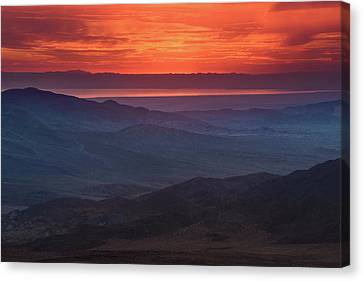 Canvas Print featuring the photograph Salton Sea Skyfire by Alexander Kunz