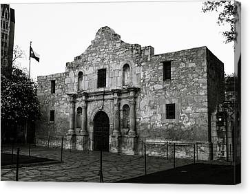 Canvas Print featuring the photograph San Antonio Alamo In Black And White by Gregory Ballos