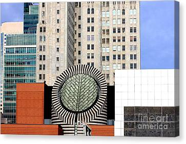 San Francisco Museum Of Modern Art Sfmoma 2 Canvas Print by Wingsdomain Art and Photography