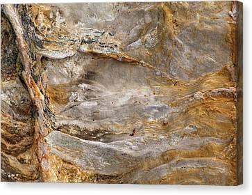 Sandstone Formation Number 2 At Starved Rock State Canvas Print by Steve Gadomski