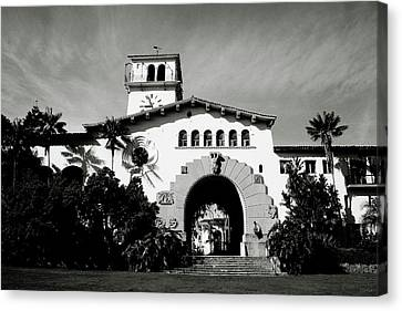 Santa Barbara Courthouse Black And White-by Linda Woods Canvas Print