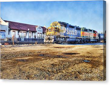 Canvas Print featuring the photograph Santa Fe Train In Ardmore by Tamyra Ayles