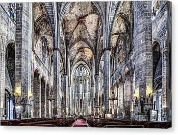 Santa Maria Del Mar In Barcelona Canvas Print by Marc Garrido