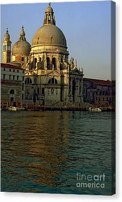 Santa Maria Della Salute In Venice In Morning Light Canvas Print by Michael Henderson