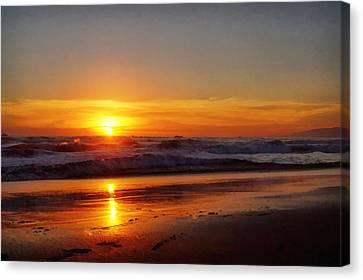 Santa Monica Sunset Canvas Print by Ernie Echols