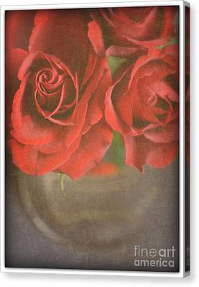 Canvas Print featuring the photograph Scarlet Roses by Lyn Randle