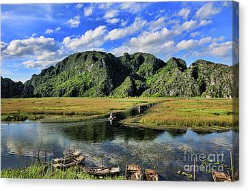 Scenic Route  Canvas Print by Chuck Kuhn