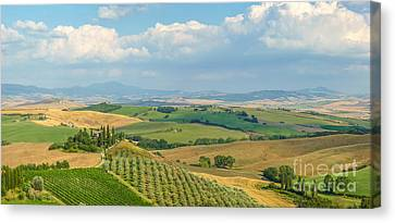 Scenic Tuscany Landscape At Sunset, Val D'orcia, Italy Canvas Print by JR Photography