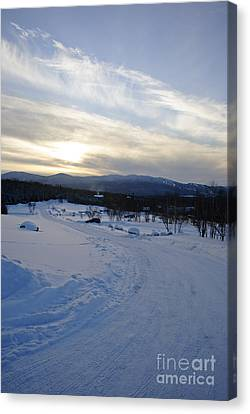 Scenic Vista From Marshfield Station In The White Mountains New Hampshire Usa Canvas Print by Erin Paul Donovan