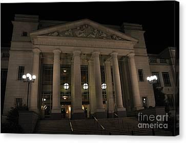 Schermerhorn Symphony Center In Night Nashville Tn Canvas Print by Wanda-Lynn Searles