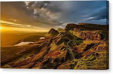Scotland's Scenic Beauty Canvas Print by Paul Morris