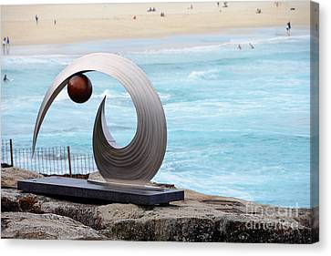 Sculpture By The Sea - Balance And Curves  - Photograph By Kaye Menner Canvas Print by Kaye Menner