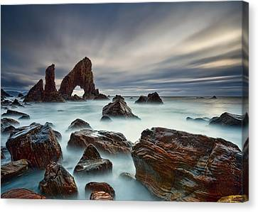 Sea Arch At Crohy Head Canvas Print by Derek Smyth