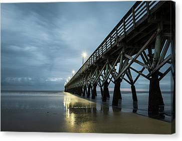 Sea Cabin Pier Canvas Print by Ivo Kerssemakers