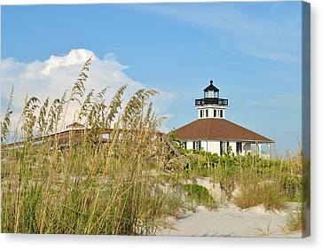 Sea Oats And Lighthouse Canvas Print by Steven Scott