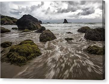 Sea Stack In Oregon Canvas Print by Jon Glaser