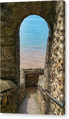 Canvas Print featuring the photograph Sea View Arch by Scott Carruthers