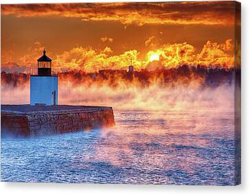 Seasmoke At Salem Lighthouse Canvas Print by Jeff Folger