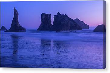 Seastack Sunset In Bandon Canvas Print