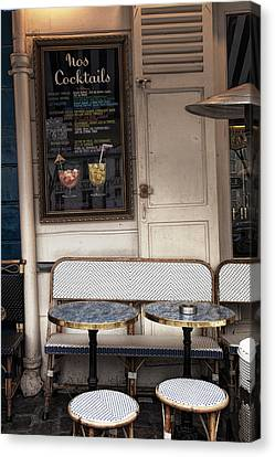 Seat For Two Canvas Print by Andrew Soundarajan