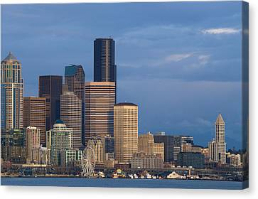 Canvas Print featuring the photograph Seattle by Evgeny Vasenev
