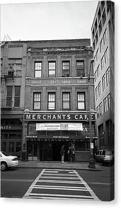 Seattle - Merchants Cafe Bw Canvas Print by Frank Romeo