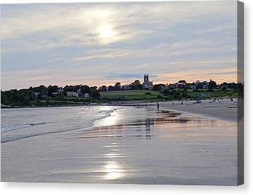 Second Beach Newport Ri Canvas Print by Toby McGuire