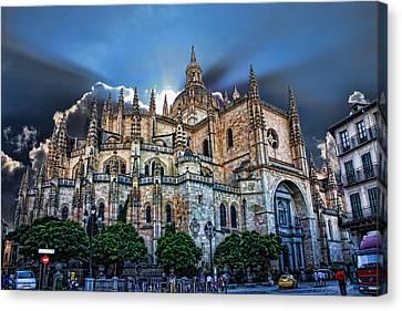 Segovia Cathedral  Canvas Print by Angel Jesus De la Fuente