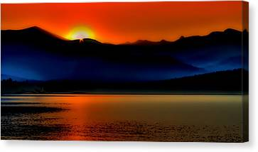 Selkirk Sunrise On Priest Lake Canvas Print by David Patterson