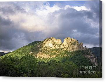 Seneca Rocks With Clouds Canvas Print by Dr Regina E Schulte-Ladbeck